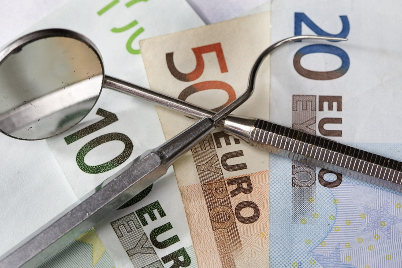 is-een-aanvullende-tandartsverzekering-nodig-tips-van-darwinkliniek-tandartsen-verzekeringen-kostenpost