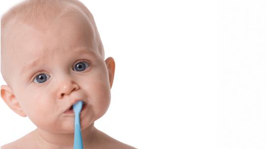5-weetjes-over-tanden-darwin-kliniek-babe-tanden-poetsen
