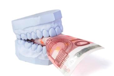 Is-een-aanvullende-tandartsverzekering-nodig-tips-van-Darwinkliniek-tandartsen-verzekeringen-kosten